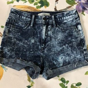 Abercrombie & Fitch acid washed shorts